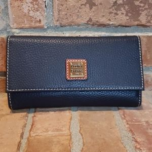NWT Dooney Pebble Framed Continental Wallet